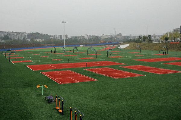 潆溪校区运动场